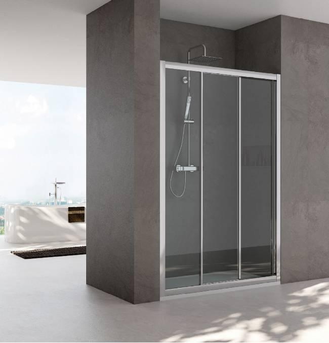 Nicchie bagno latest interno bagno in legno marrone con una grande finestra pareti spesse con - Bagno nel box auto ...